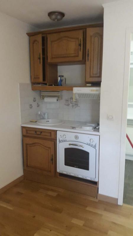 Location appartement Melun 486€ CC - Photo 1