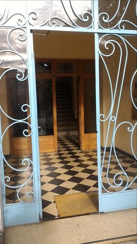 Sale apartment Pau 125000€ - Picture 2