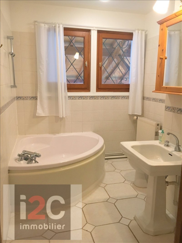 Location maison / villa Prevessin-moens 4 400€ CC - Photo 5