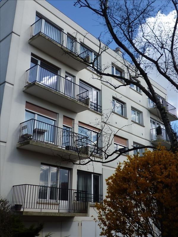 Rental apartment Le raincy 620€ CC - Picture 1