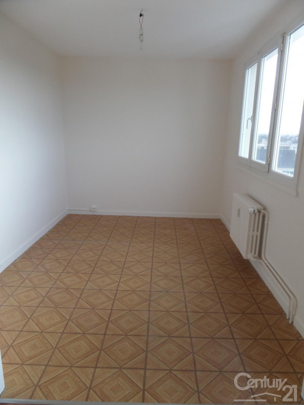 Location appartement Ifs 545€ CC - Photo 1