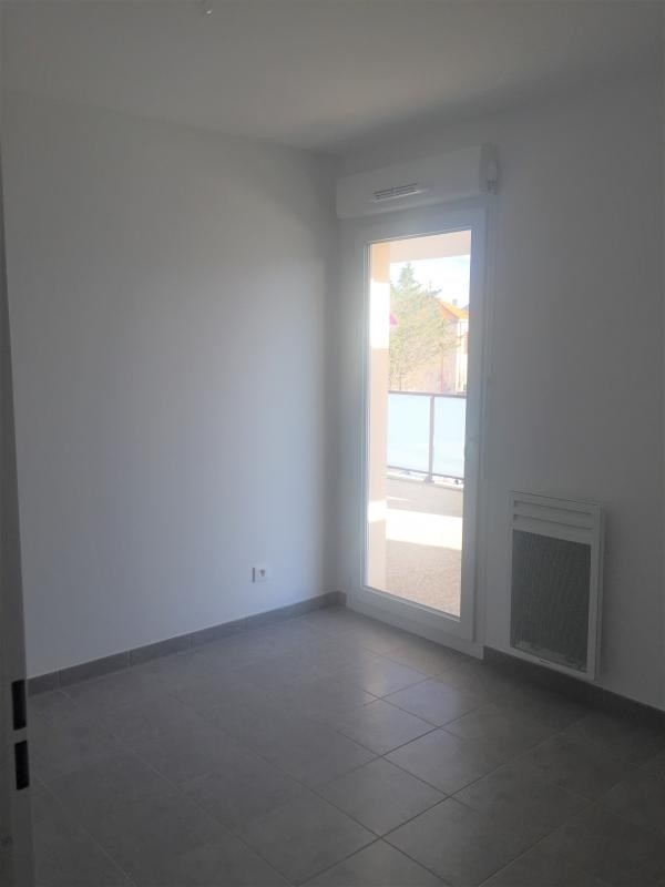 Location appartement Les pennes mirabeau 935€ CC - Photo 8