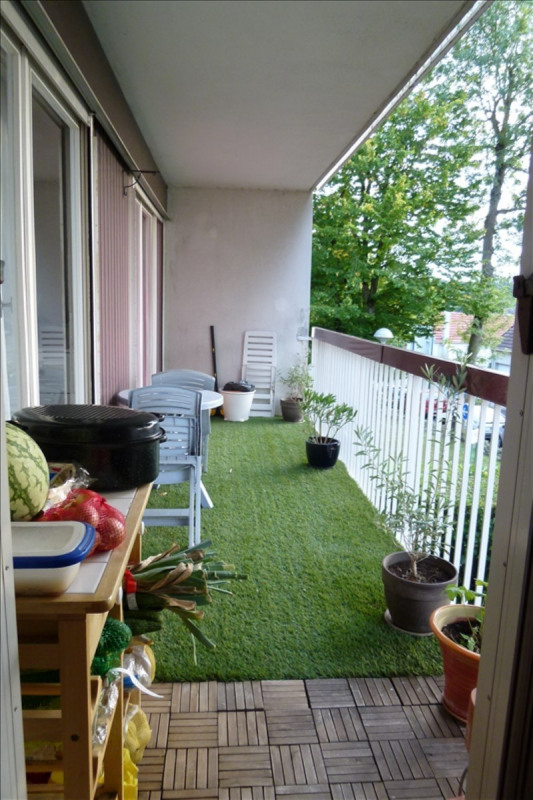 Vente appartement Plaisir 220 500€ - Photo 1