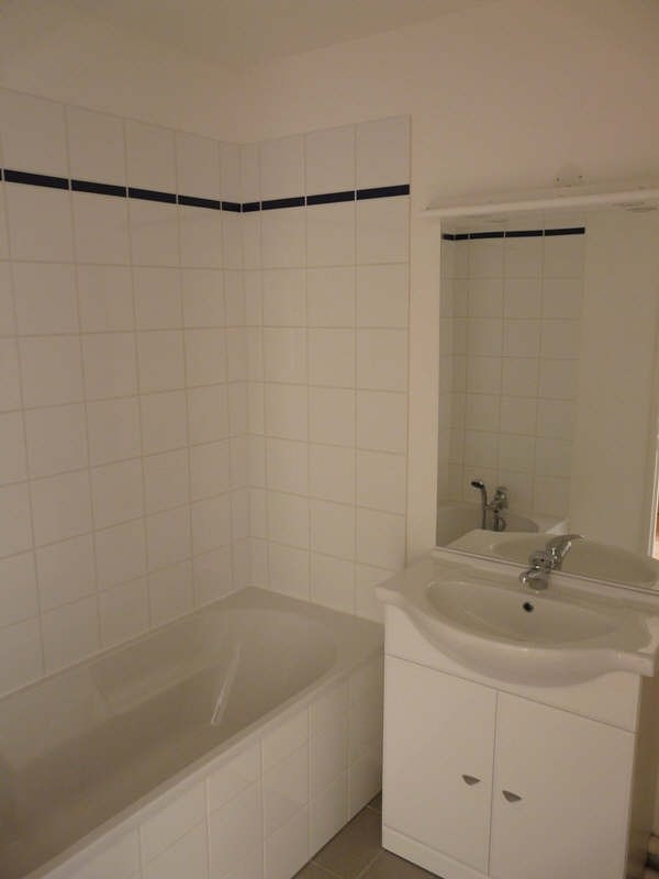 Rental apartment St omer 458€ CC - Picture 6