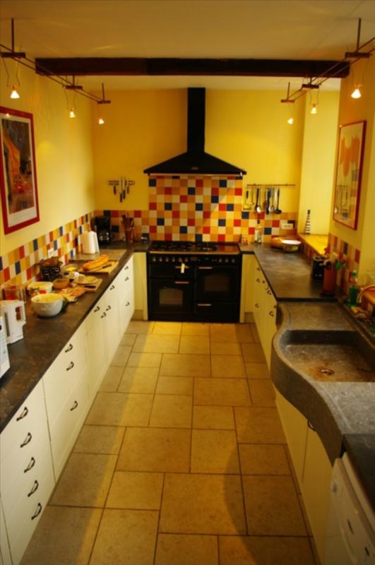 Sale house / villa Louvie juzon 395000€ - Picture 4
