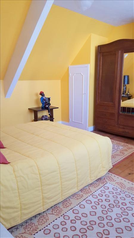 Sale house / villa Locmiquelic 354960€ - Picture 8