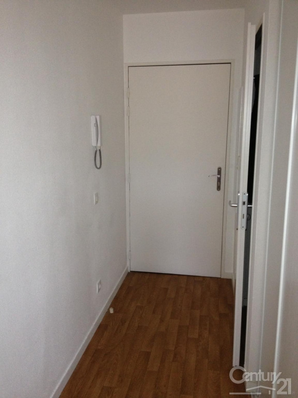 Location appartement Caen 379€ CC - Photo 3