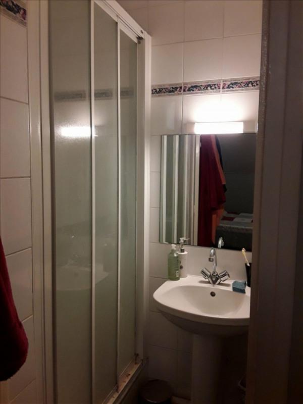 Location appartement Rueil malmaison 840€ CC - Photo 4
