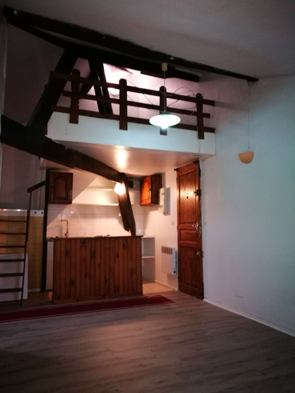 Sale apartment Melun 93 500€ - Picture 1