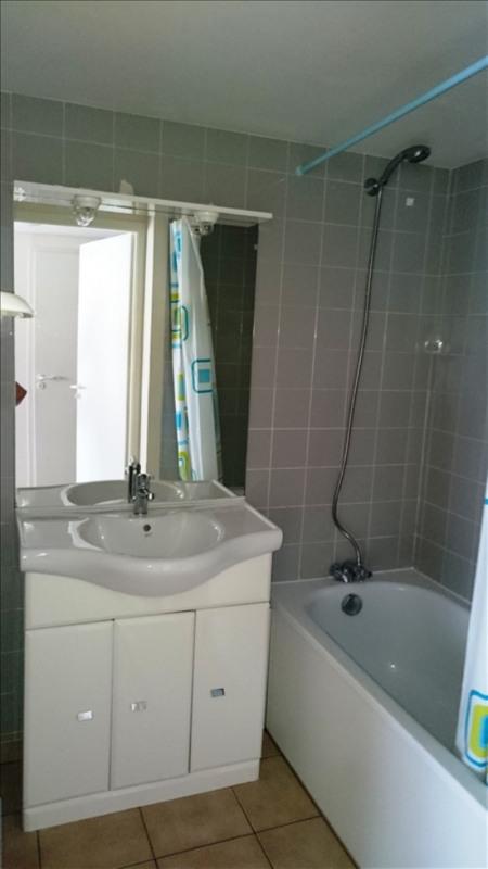 Location appartement Challans 420€ CC - Photo 4
