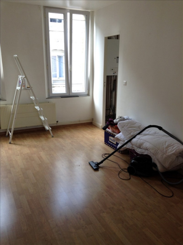 Location appartement St quentin 460€ CC - Photo 4