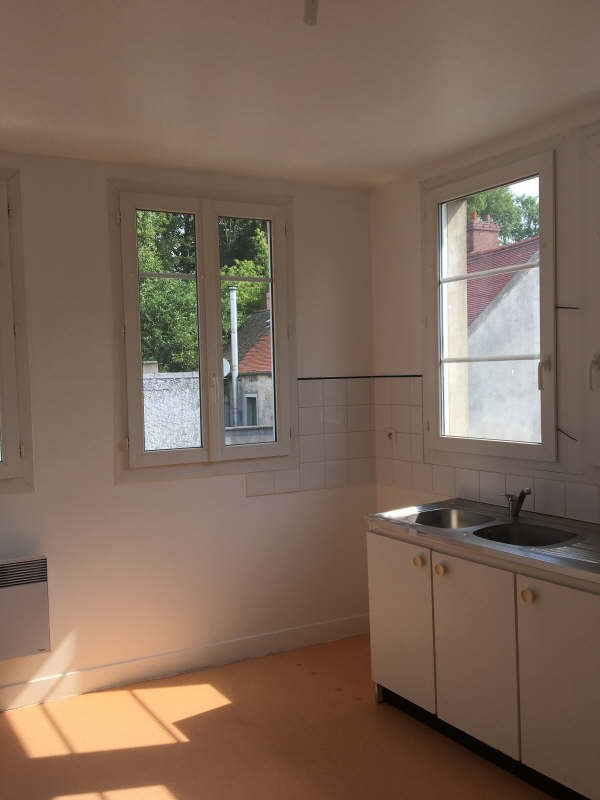 Rental apartment Coye la foret 900€ +CH - Picture 3