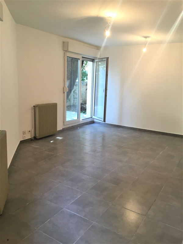 Location appartement Aubagne 850€ CC - Photo 3