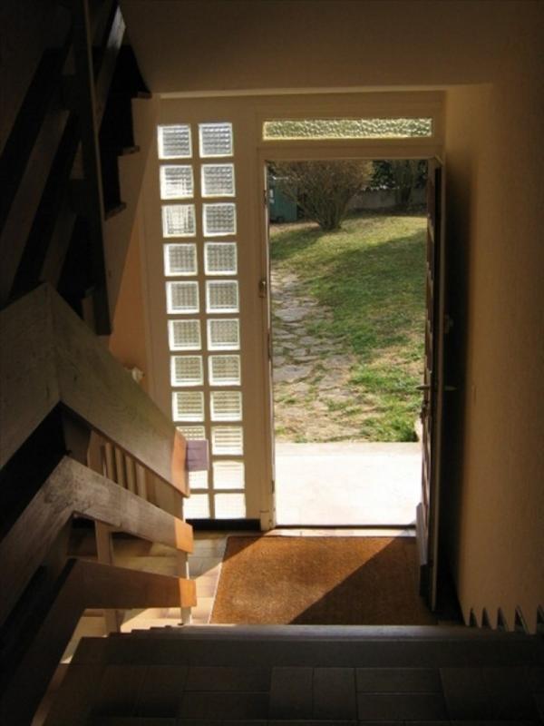 Location maison / villa Riorges 942€ CC - Photo 6