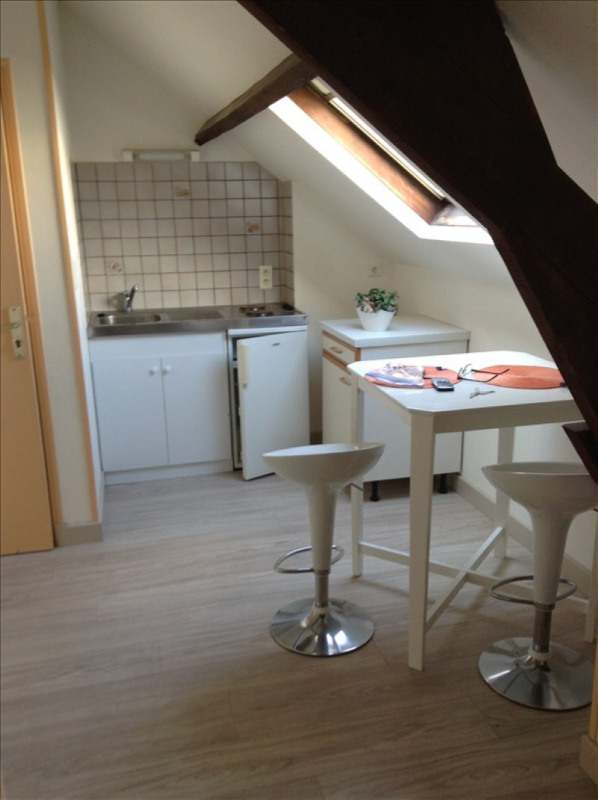 Location appartement St quentin 310€ CC - Photo 2
