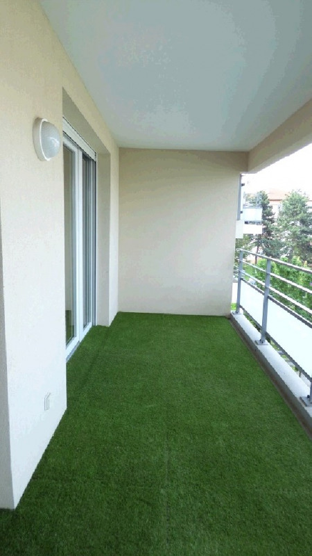 Rental apartment Ville la grand 1 122€ CC - Picture 8