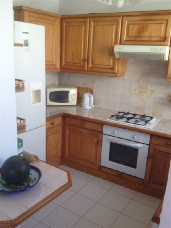 Location appartement Ste anne 1 150€ CC - Photo 8