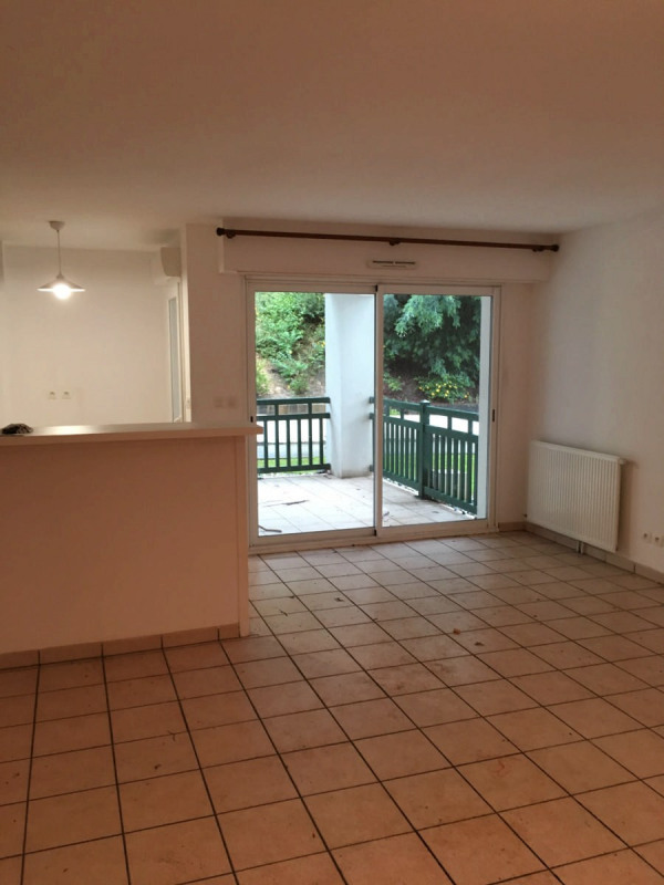 Location appartement Cambo-les-bains 750€ CC - Photo 4