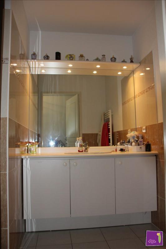 Verkoop  appartement Uzes 168000€ - Foto 4
