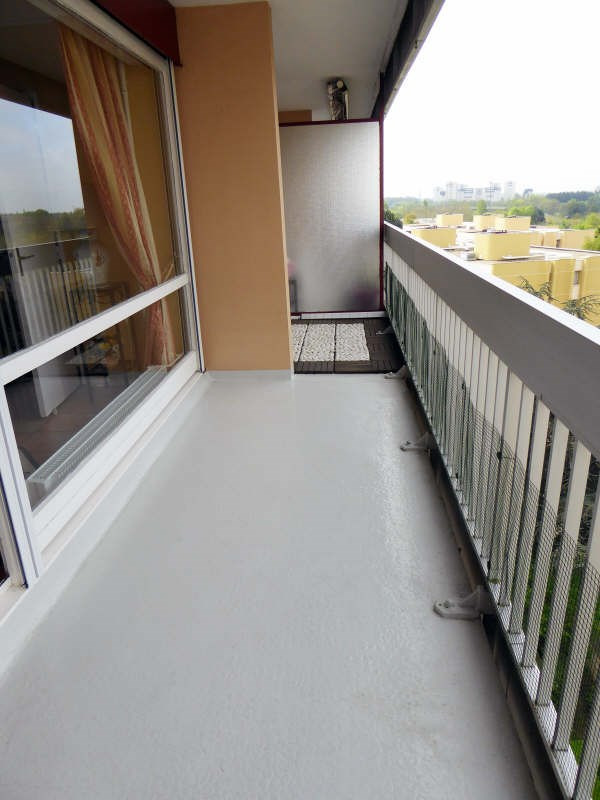 Location appartement Elancourt 1125€ CC - Photo 2