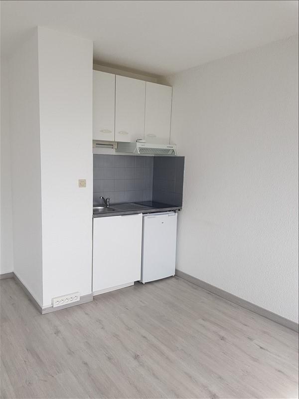 Rental apartment Toulouse 375€ CC - Picture 1
