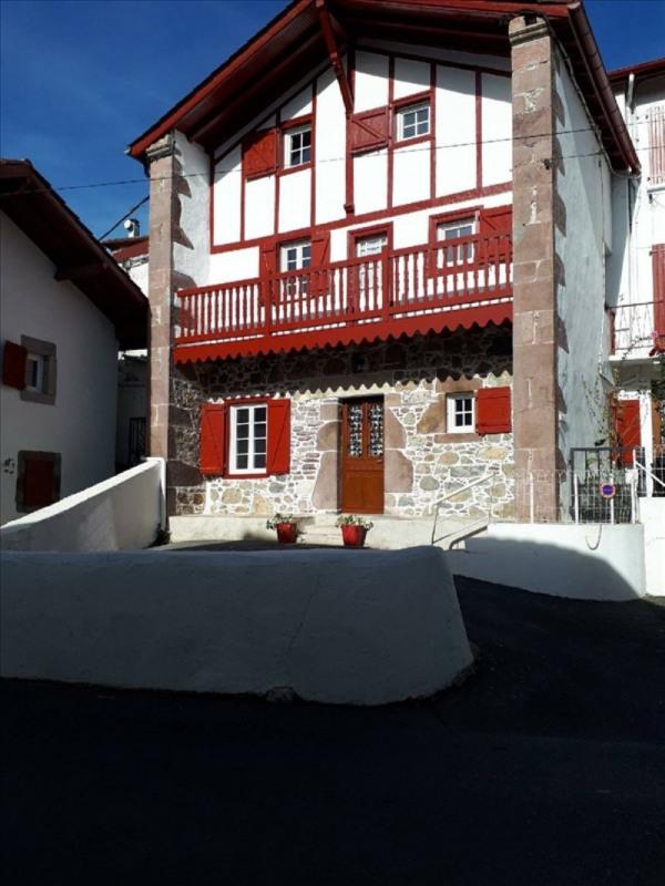 Location maison / villa St etienne de baigorry 680€ CC - Photo 1