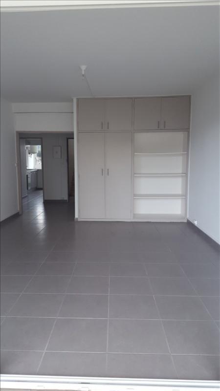 Rental apartment St denis 1050€cc - Picture 3