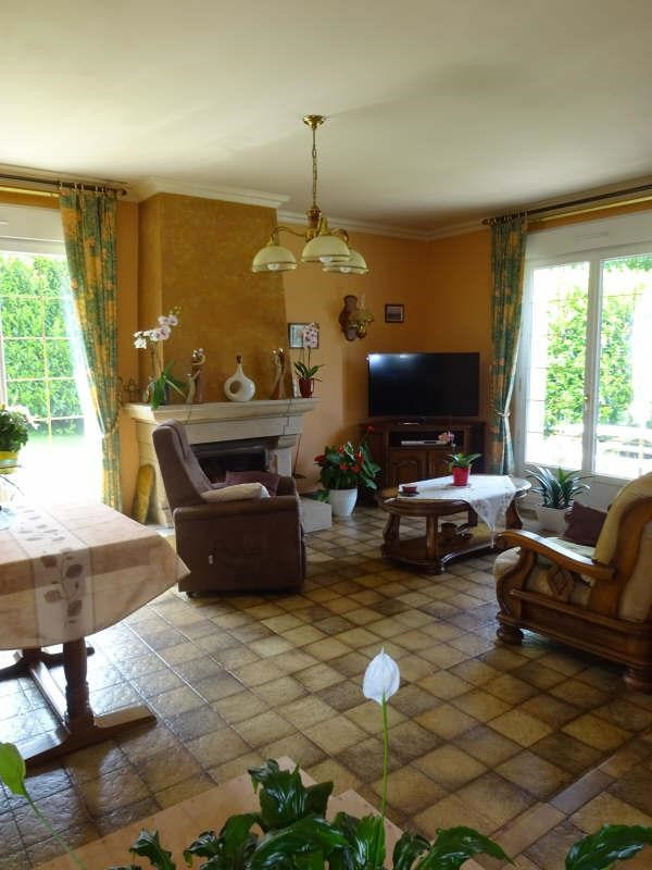 Sale house / villa Saint divy 275 000€ - Picture 3