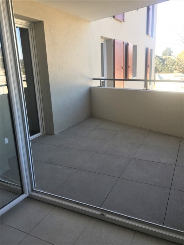 Location appartement Aubagne 700€ CC - Photo 2