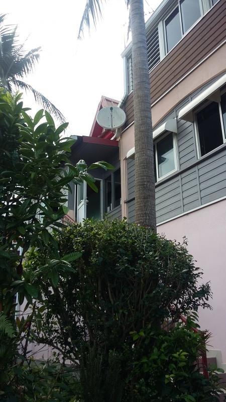 Sale house / villa La saline 334000€ - Picture 1