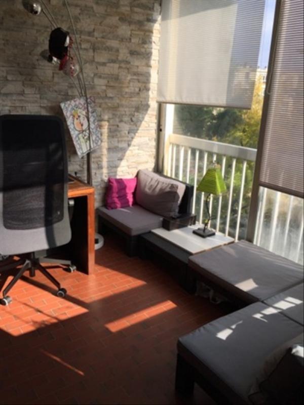 Sale apartment Montesson 280000€ - Picture 1