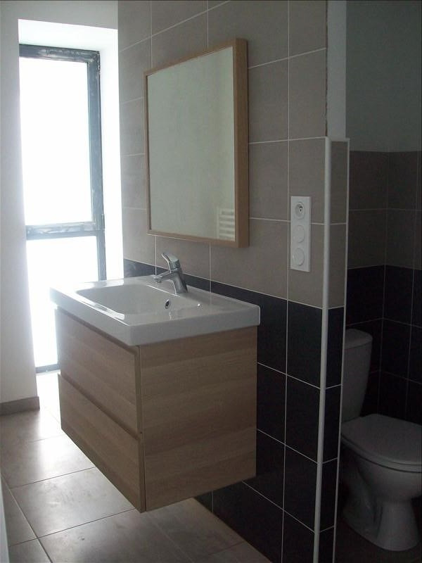 Location appartement Guingamp 420€ CC - Photo 3