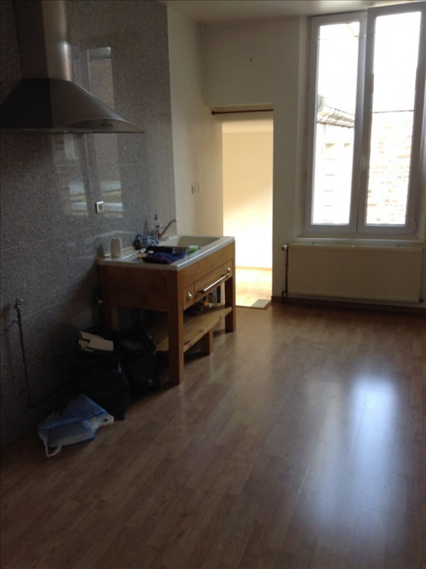Rental apartment St quentin 460€ CC - Picture 1