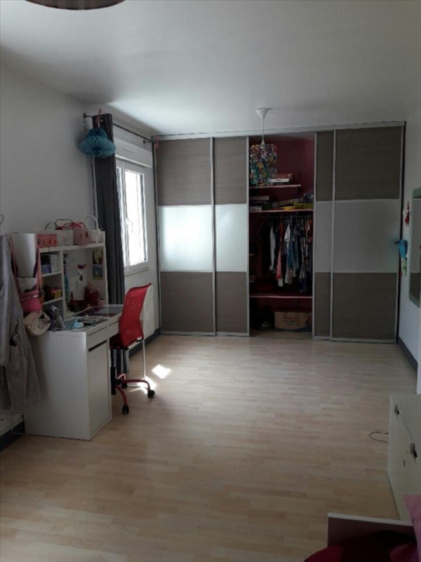 Deluxe sale house / villa Sens 295000€ - Picture 6