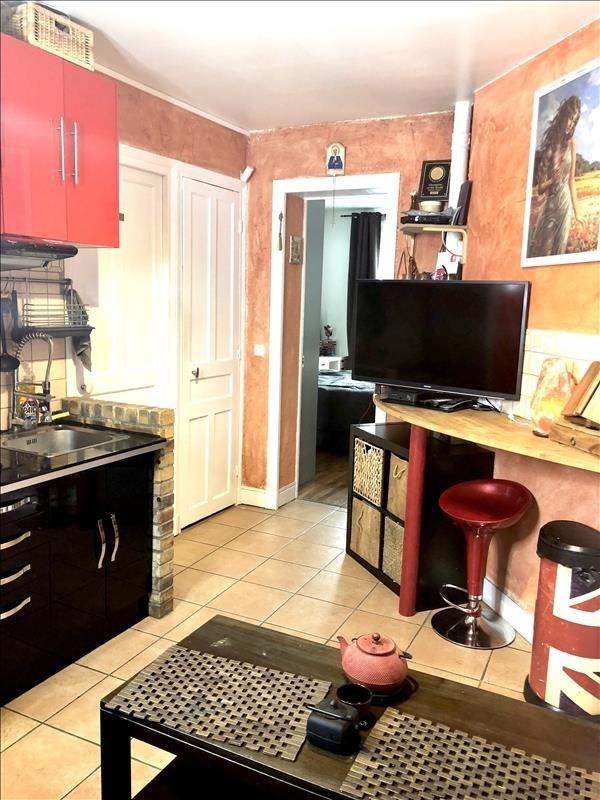 Location appartement Courbevoie 910€ CC - Photo 4