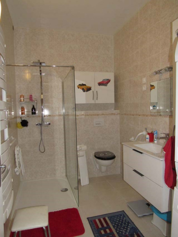 Vente maison / villa Saint jean d'angély 249100€ - Photo 7