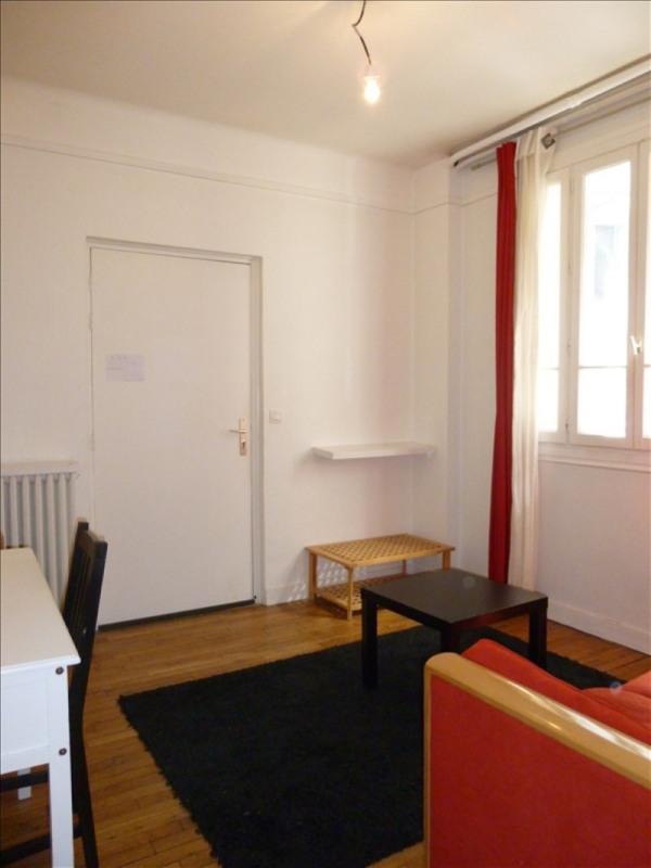 Verhuren  appartement Paris 15ème 900€ CC - Foto 3