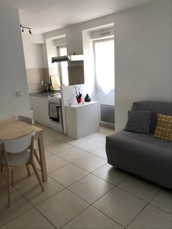 Location appartement Verrieres le buisson 805€ CC - Photo 2
