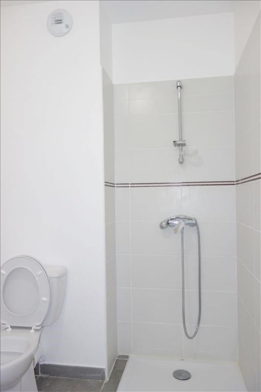 Location appartement Toulon 593€ CC - Photo 6