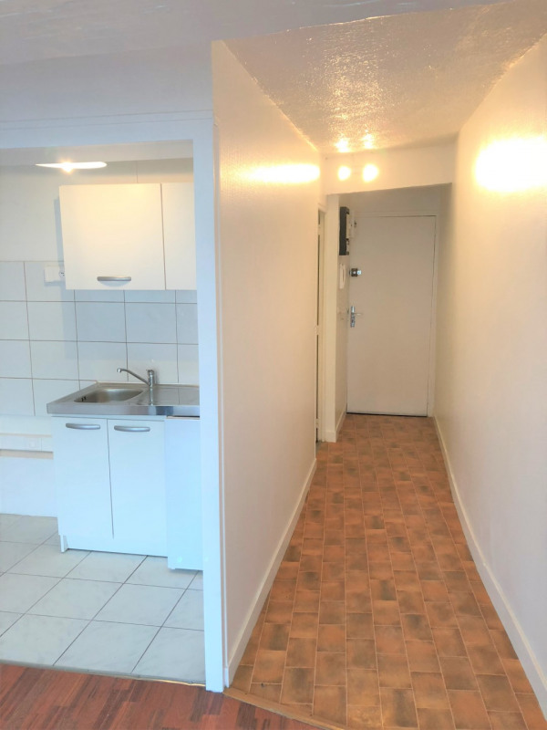 Location appartement Pontoise 613€ CC - Photo 5