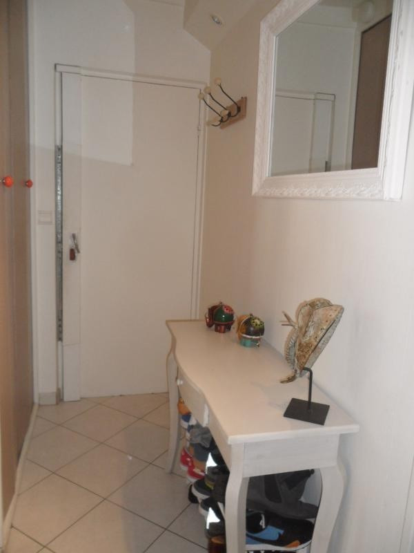 Sale apartment Villeneuve-la-garenne 175 000€ - Picture 3