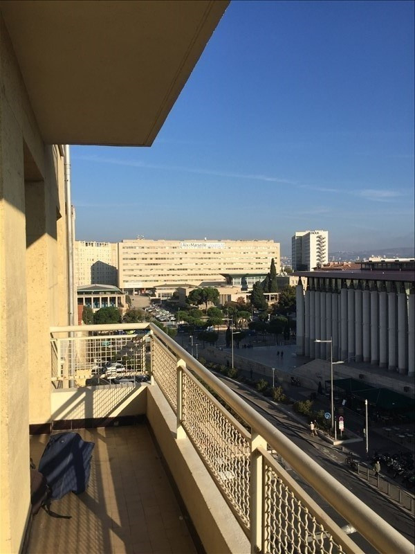 Location appartement Marseille 1er 1 045€ CC - Photo 2