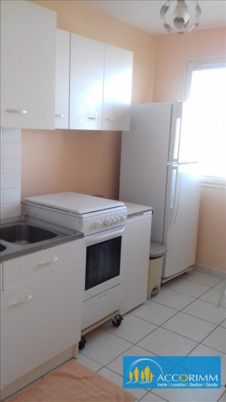 Investment property apartment St priest 112000€ - Picture 4