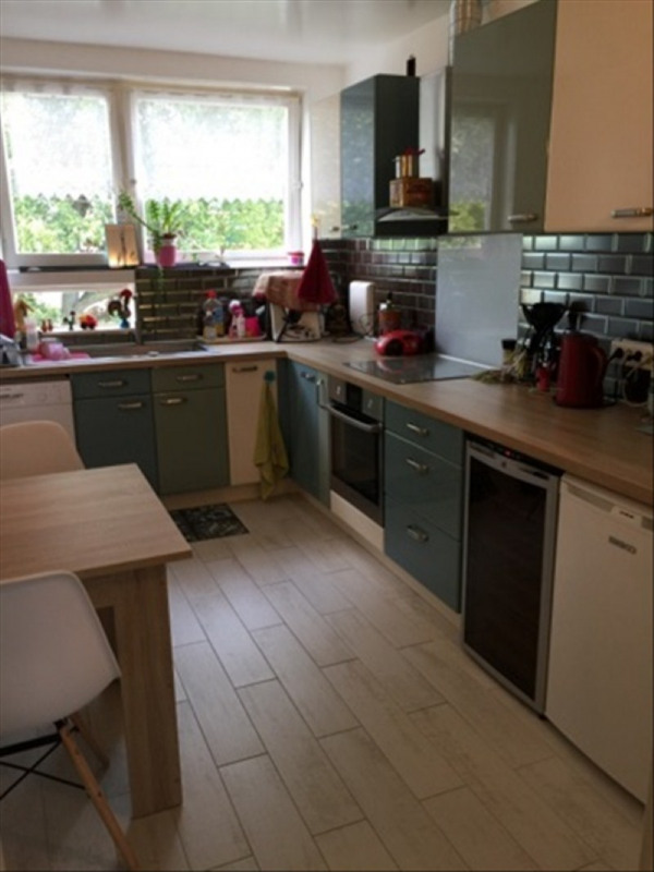 Sale apartment Montesson 280000€ - Picture 4