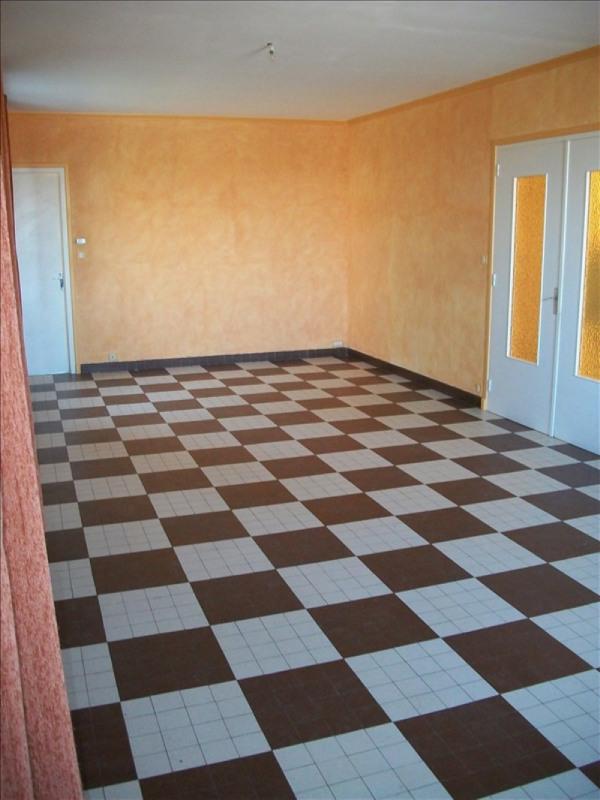 Rental house / villa Bessenay 918€ CC - Picture 3
