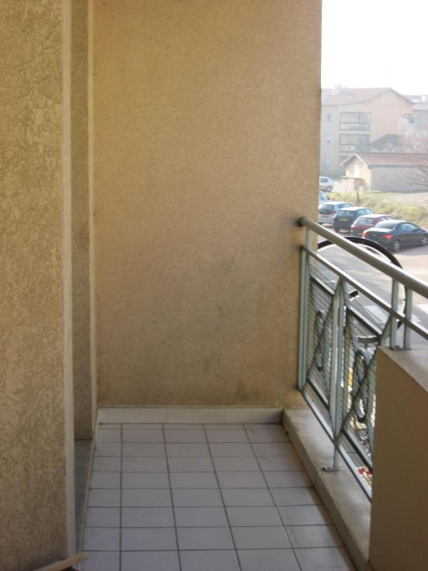 Location appartement Chaponost 532€ CC - Photo 2