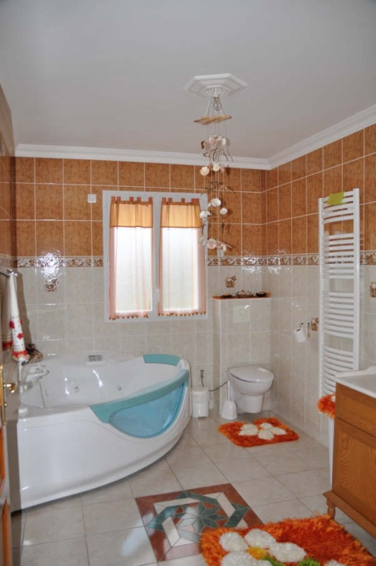 Sale house / villa Vendome 363 650€ - Picture 6
