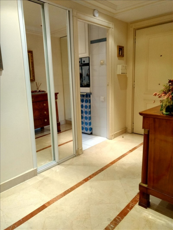 Vente de prestige appartement Le golfe juan 340 000€ - Photo 9