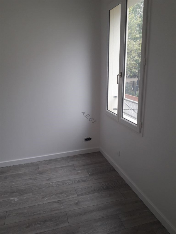 Sale house / villa St denis 342000€ - Picture 4