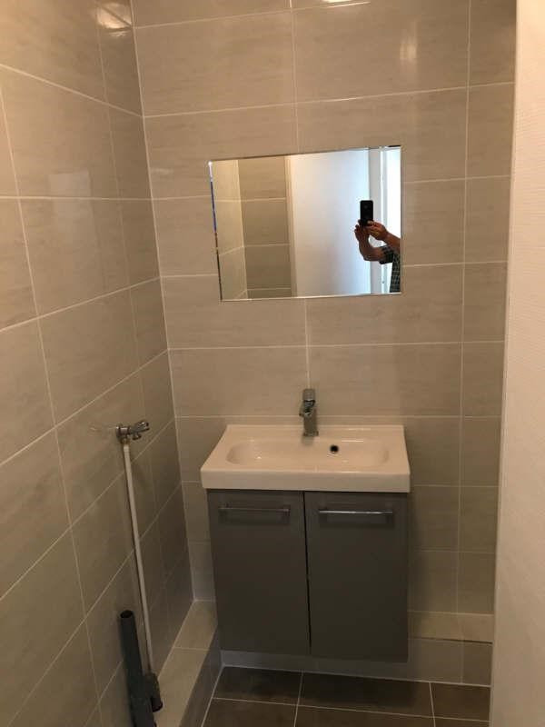 Rental apartment Clichy 1 080€ CC - Picture 3